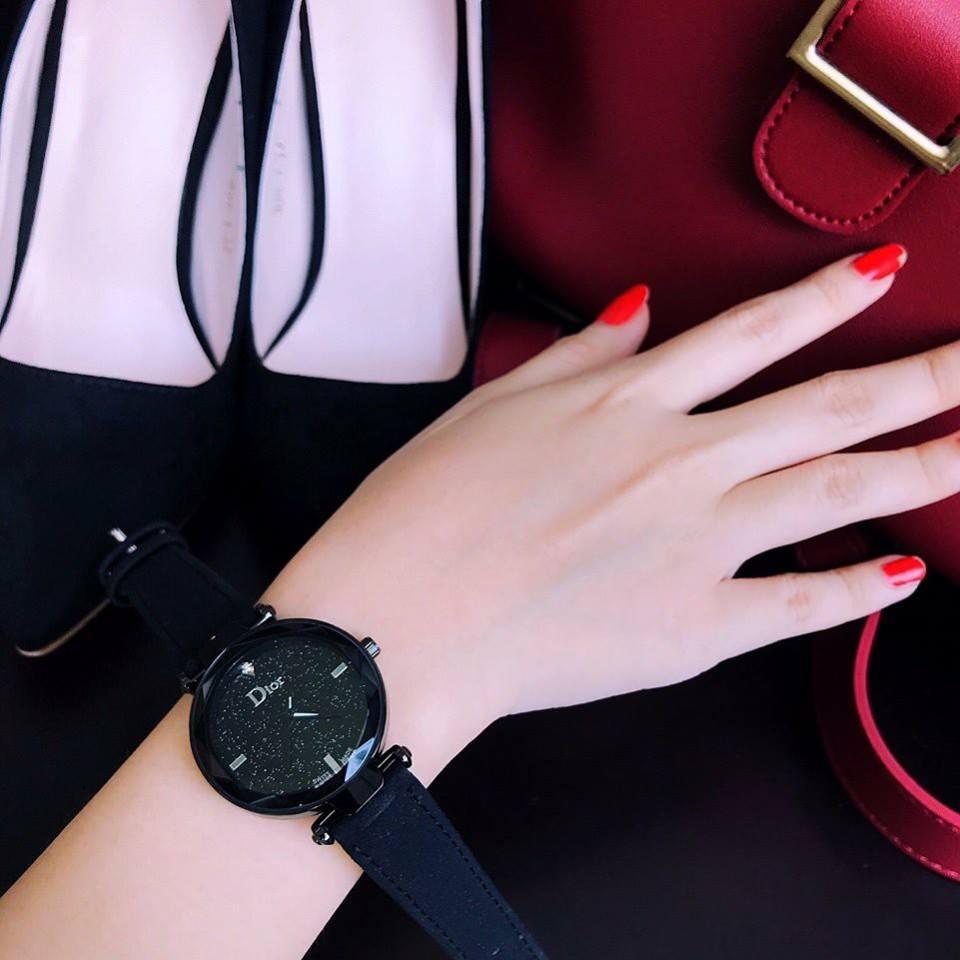 Đồng hồ nữ Dior da bò thời trang
