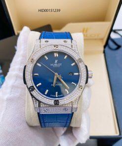 Đồng hồ Hublot Classic Fusion Automatic nam dây cao su bọc da xanh