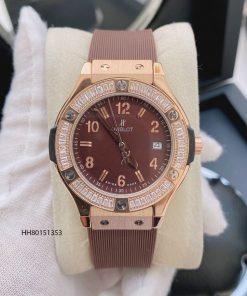Đồng hồ Hublot nữ mặt số viền vàng đính đá dây cao su màu nâu